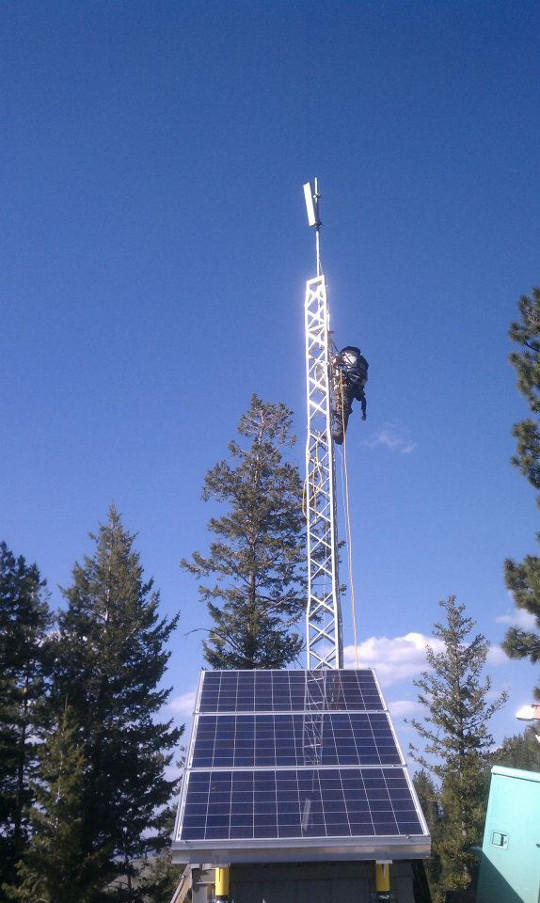 Mountain Top Solar Powered Off-Grid Relay Site